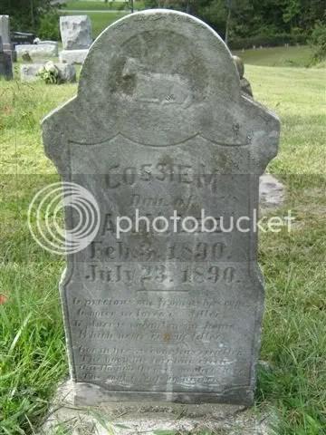 Cossie M Lee's gravestone