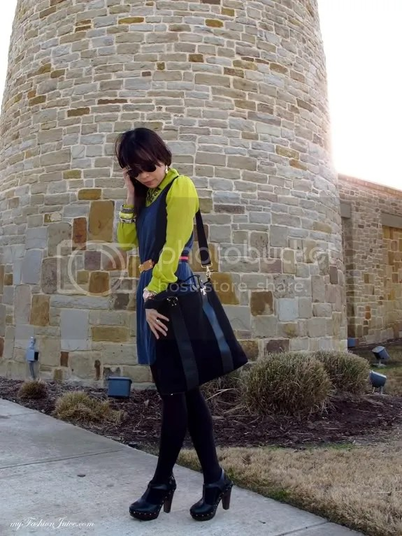 Neon Winter Outfit5 {Weekly Wear} Pops of Neon for a Winter Outfit
