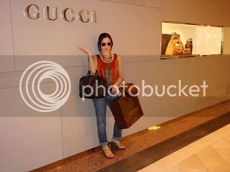 gucci store, boutique