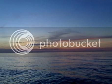 Langit saat sunset kaya lukisan
