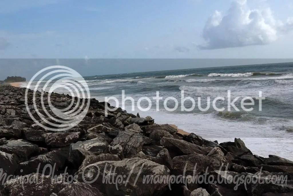 Beach side Rocks along the NH17