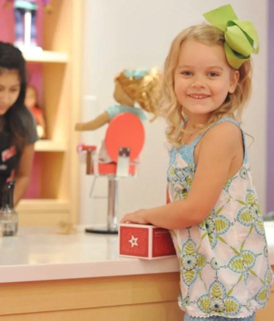 American Girl Store tips || Houston, Texas trip || American Girl birthday || Awesome AG Doll Displays || Maryellen Larkin ||  Bistro Menu || Doll Hair Salon