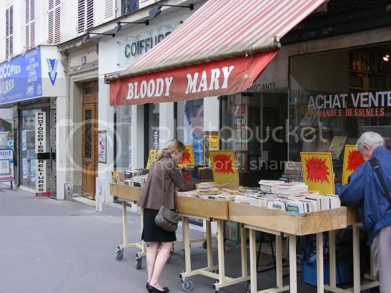 Bloody Mary - nu, nu e bar, ci anticariat
