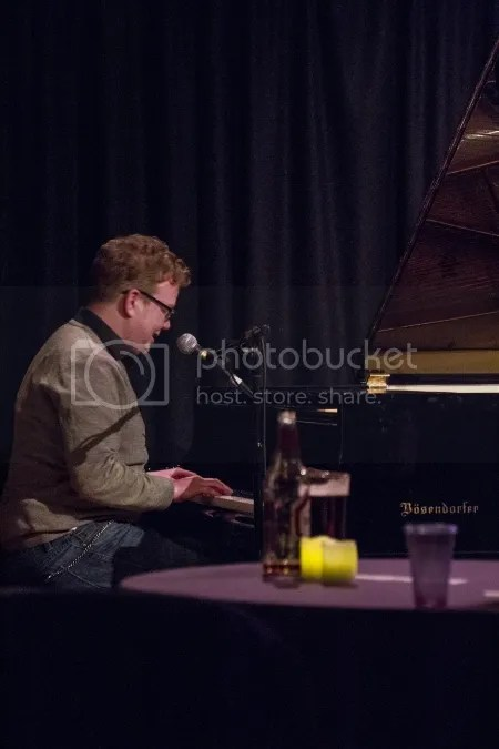 David Parkin photo On20the20piano20Parkin20Presents_zpszbcilsrv.jpg