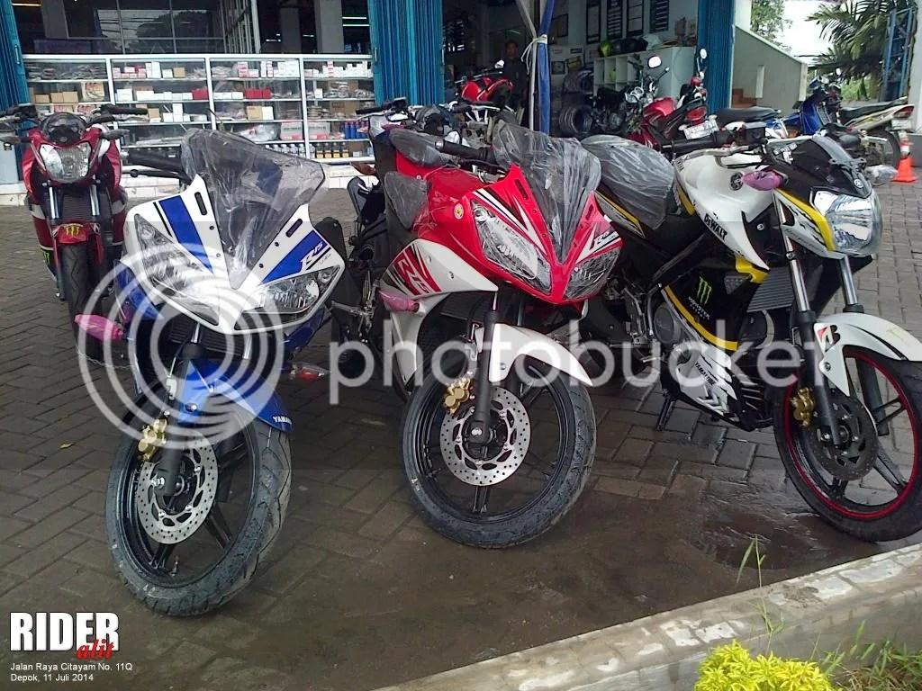 Yamaha R15 dan Yamaha New Vixion Lightning