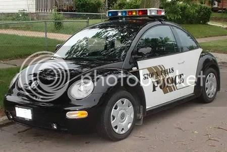gambar 10 Mobil Polisi Terkeren di Dunia