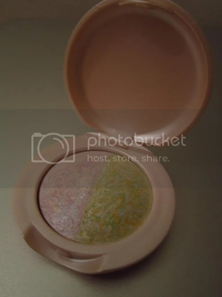 Eyeshadow 2 photo IMG_4166_zps48653ea3.jpg