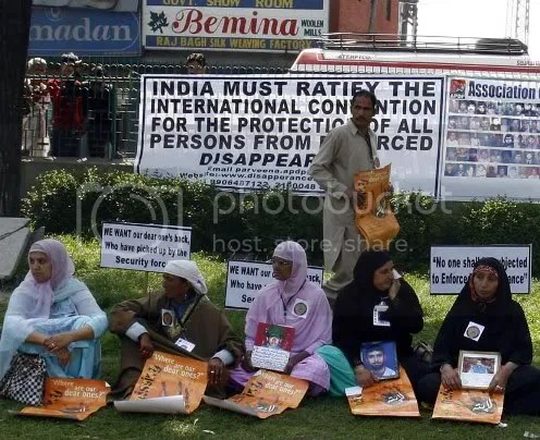 Kashmiri half-widows protest in Srinagar