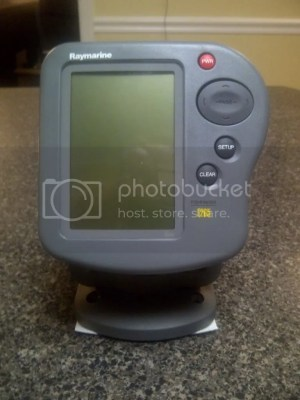 Raymarine L265 Fish Finder  The Hull Truth  Boating and Fishing Forum