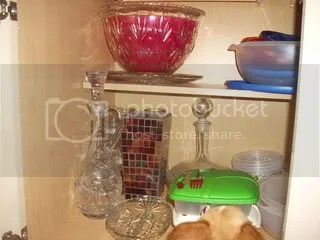 Tupperware cabinet B