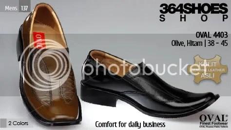 Sepatu Pria OVAL 4403