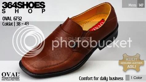 Sepatu Pria OVAL 6732