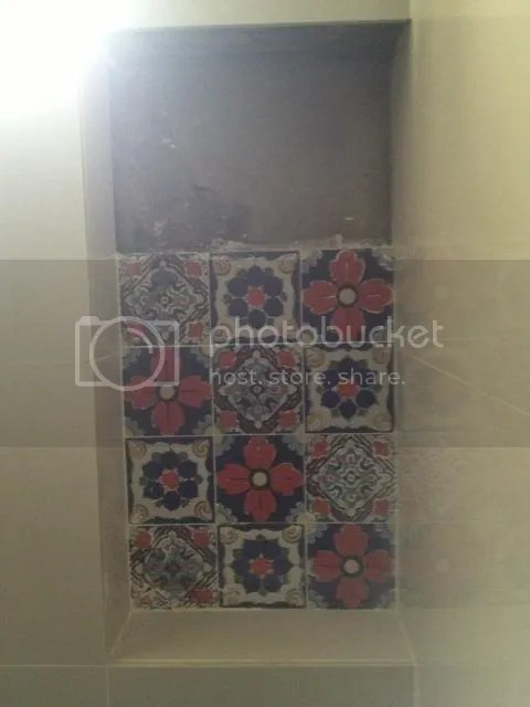 commonbathroomaccenttiles_zps87ae9332.jp