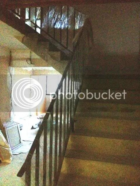 staircaseup2_zps4ec17bd3.jpg