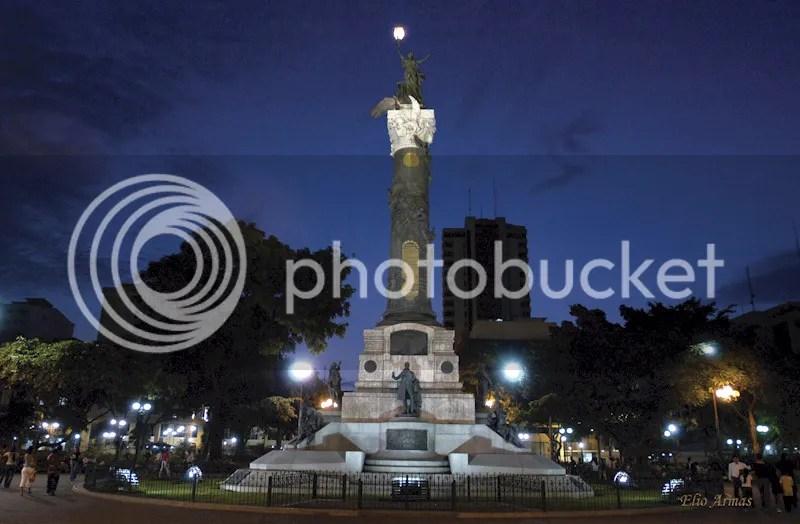 MONUMENTO A LA GESTA DE LA INDEPENDENCIA EN PARQUE CENTENARIO photo guaya6_zps98209b51.png