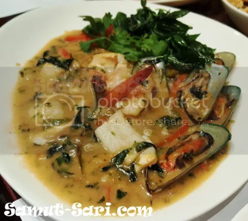 Just-Thai-Pad-Gaprow-Talay-Seafood-in-Basil