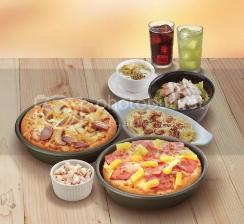 Pizza Hut Create a different feast every day