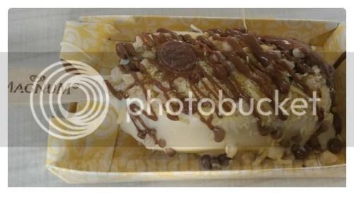Magnum Manila White Chocolate Ice Cream bar