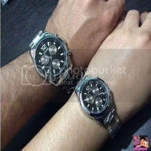 Pair-of-Stainless-Steel-Black-Round-Dial-Wrist-Couple-Watches