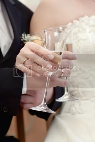 Anoush bride-and-groom-with-champagne