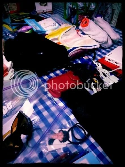 photo packing_zpse9389wej.jpg