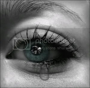 Tear_II_by_usedbybertxpng.jpg image by crazykd316
