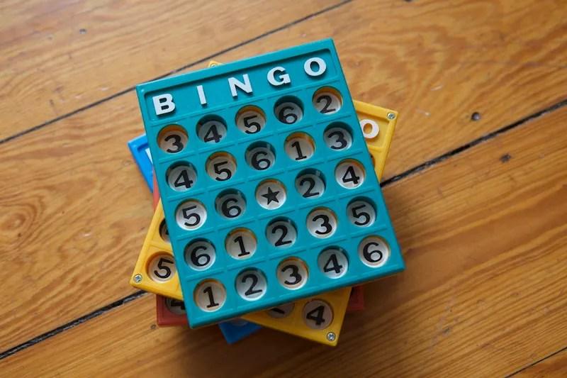 vintage plastic bingo boards