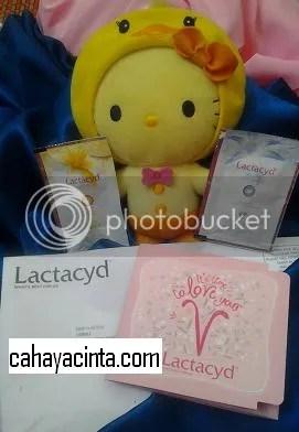 saya dapat dua pek lactacyd ;)