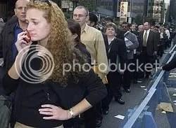 unemployment line photo: unemploymentline unemployment_line-2009.jpg