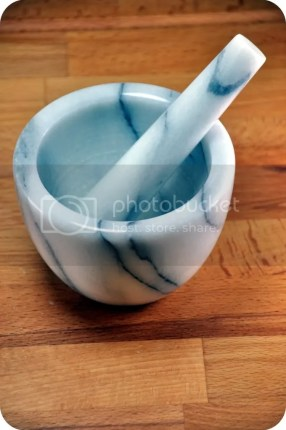 Pestle n Mortar in DIY LIGHTBOX