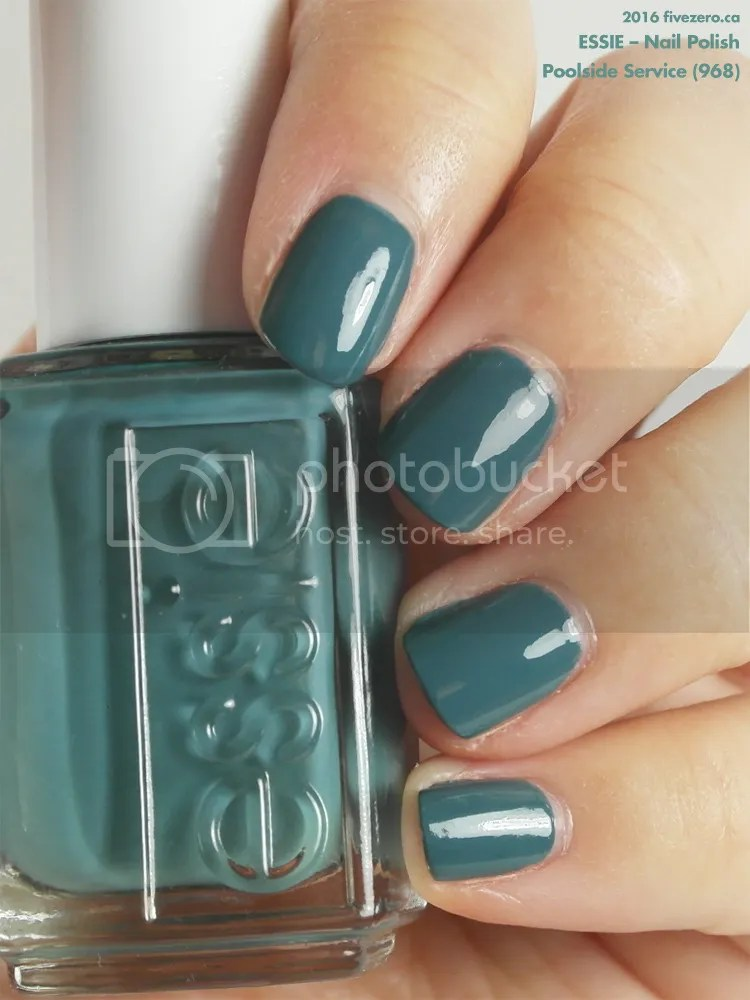 Essie Nail Polish in Poolside Service, swatch