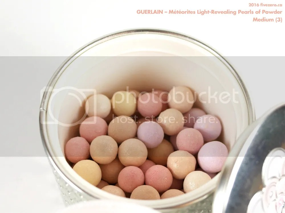 Guerlain Météorites Light-Revealing Pearls of Powder in Medium (3), label
