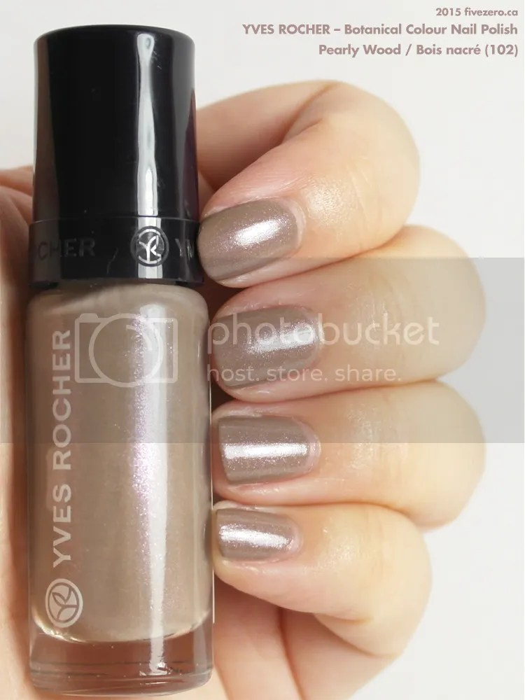 Yves Rocher Botanical Colour Nail Polish in Pearly Wood / Bois nacré, swatch
