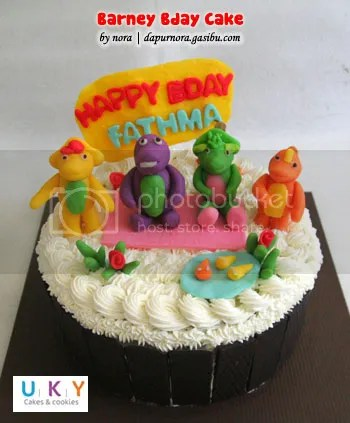 birthday cake barney bandung