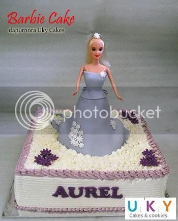 Barbie cake ungu bandung