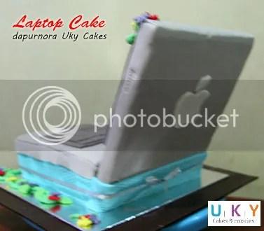 macbook cake bandung