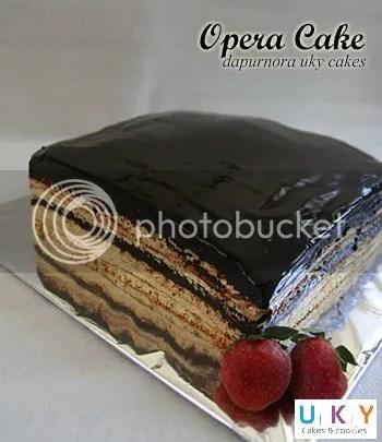opera cake bandung