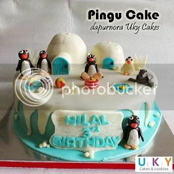 Birthday cake pingu bandung