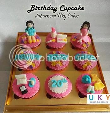 cupcake ulang tahun girly