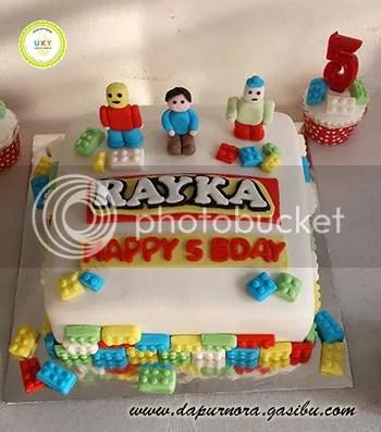 kue ulang tahun lego