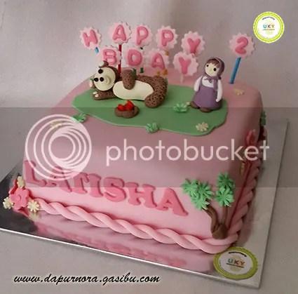 kue ulang tahun masha bear bandung