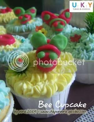 cupcake lebah