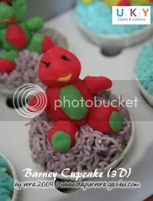 barney cupcake 3D