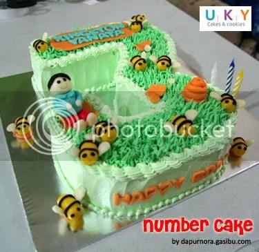 Birthday cake bandung