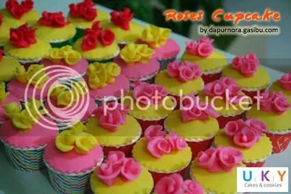 cupcake roses bandung