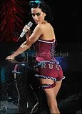 Katy Perry in West Ham United Basque