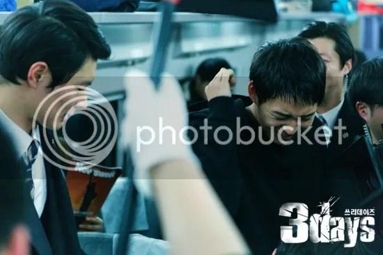 photo 9b74ca5ftw1eelbzc6tc2j20fa0a7gn8_zps31179611.jpg