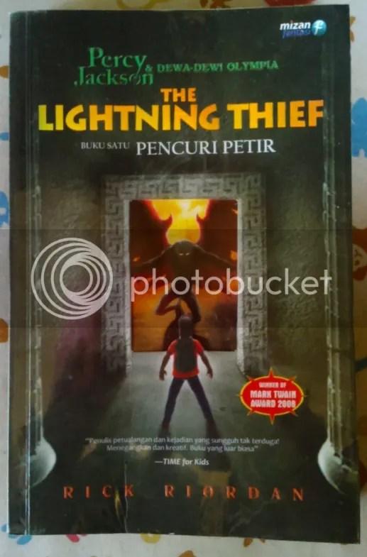 photo the_lightning_thief_by_rick_riordan_uploaded_by_irabooklover_zpsimdebe6m.jpg