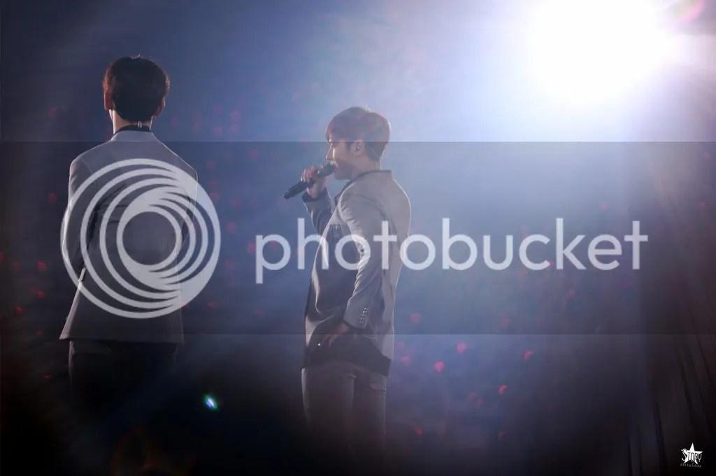 photo Concert2_zpsi2a8dcax.jpg