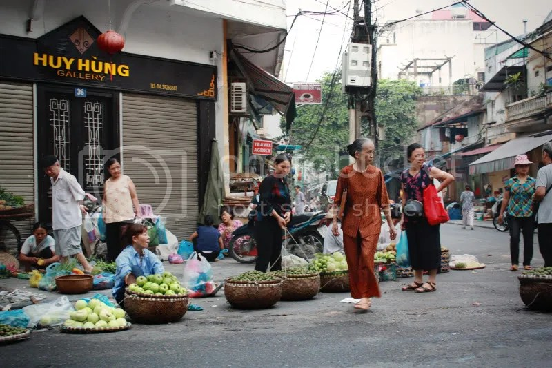 Early Morning Street Vendors